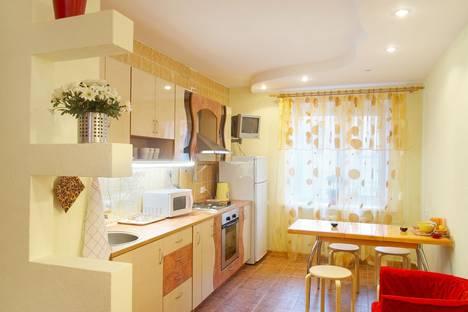 Сдается 1-комнатная квартира посуточнов Воронеже, ул. 40 лет Октября, 16.