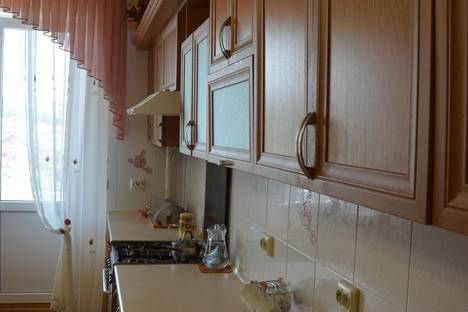 Сдается 3-комнатная квартира посуточнов Трускавце, ул. Владимира Ивасюка, 10.