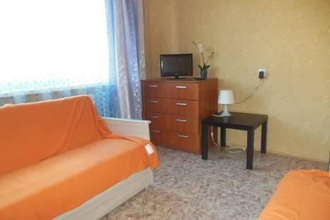 Сдается 1-комнатная квартира посуточнов Великом Новгороде, Волотовская 6.