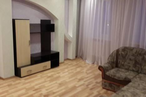 Сдается 2-комнатная квартира посуточнов Тюмени, ул. Клары Цеткин, 61.