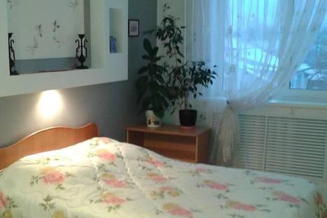 Сдается 2-комнатная квартира посуточно в Березниках, Свободы 20.
