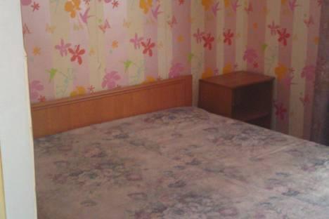 Сдается 3-комнатная квартира посуточно в Уральске, ихсанова 73.