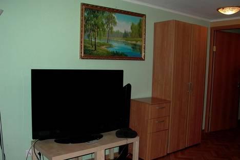 Сдается 2-комнатная квартира посуточнов Санкт-Петербурге, ул. Восстания, 30.