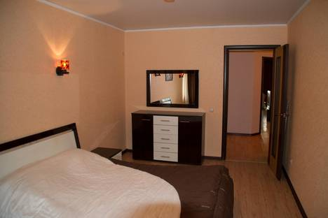 Сдается 2-комнатная квартира посуточнов Воронеже, ул. Войкова, д. 6, кв. 165.