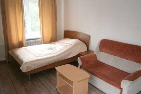 Сдается 1-комнатная квартира посуточно, ул. Шаумяна, 35.