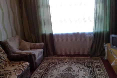 Сдается 1-комнатная квартира посуточнов Азове, ул. Макаровского, 29 б.