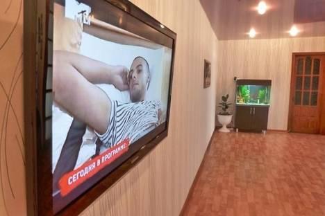 Сдается 3-комнатная квартира посуточно в Златоусте, 7 линия 1.