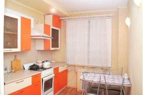 Сдается 2-комнатная квартира посуточно в Златоусте, Румянцева 25.
