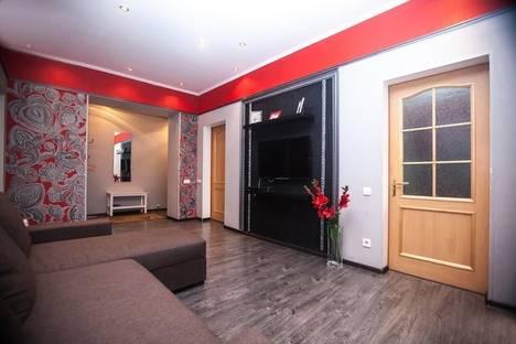 Сдается 3-комнатная квартира посуточнов Щёлкове, 2-й Щемиловский переулок, 16-20.