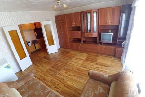 Сдается 2-комнатная квартира посуточнов Первоуральске, Ревда, Павла Зыкина, 11.