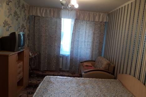 Сдается 2-комнатная квартира посуточно в Набережных Челнах, проспект им Вахитова, 22.