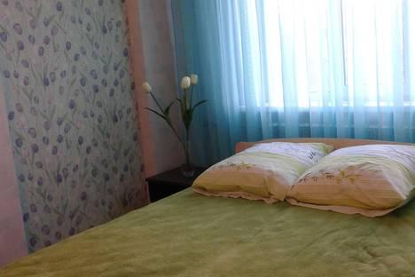 Сдается 3-комнатная квартира посуточно, ул. Орловская, 1а.