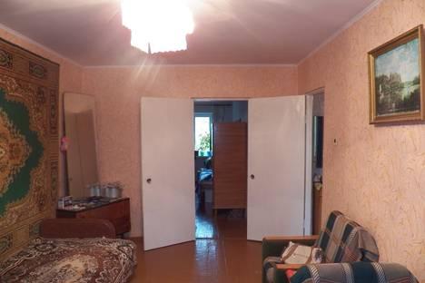 Сдается 2-комнатная квартира посуточно в Сыктывкаре, Октябрьский проспект, 146.