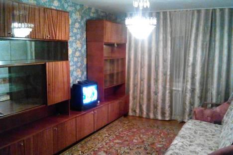 Сдается 1-комнатная квартира посуточнов Ухте, Строителей проезд, 5.