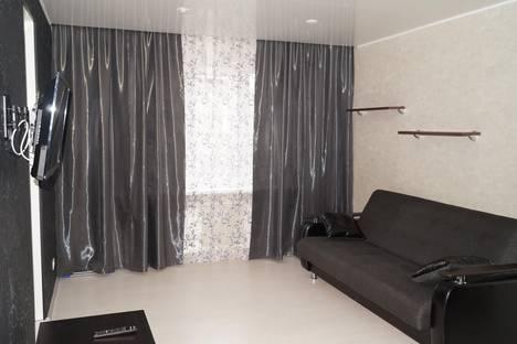 Сдается 1-комнатная квартира посуточнов Рыбинске, ул. Моторостроителей, 4.