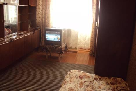 Сдается 1-комнатная квартира посуточно в Уральске, Уральск, ж/д вокзал;курмангазы,208.