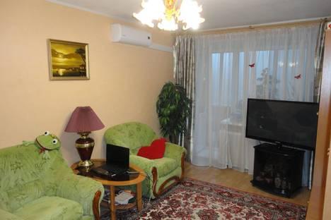 Сдается 1-комнатная квартира посуточно в Петрозаводске, ул. Льва Толстого, 14.