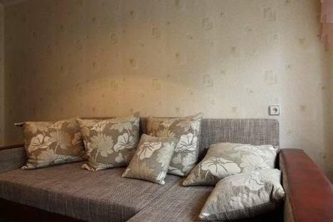 Сдается 2-комнатная квартира посуточно в Альметьевске, Джалиля улица, д. 15.