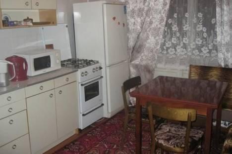 Сдается 1-комнатная квартира посуточно в Миассе, Автозаводцев проспект, д. 39.