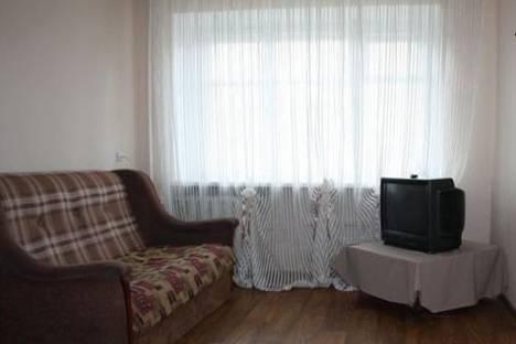 Сдается 1-комнатная квартира посуточно в Комсомольске-на-Амуре, пр. Октябрьский, 25.