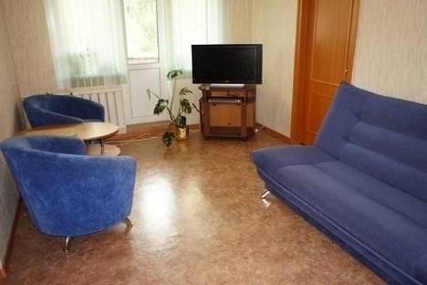 Сдается 2-комнатная квартира посуточно в Комсомольске-на-Амуре, пр. Интернациональный, д. 29, корп. 2.