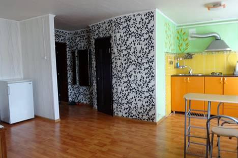 Сдается 1-комнатная квартира посуточнов Астрахани, ул. Анри Барбюса, 32.