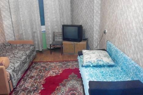 Сдается 2-комнатная квартира посуточнов Кировске, ул.Олимпийская, 83.