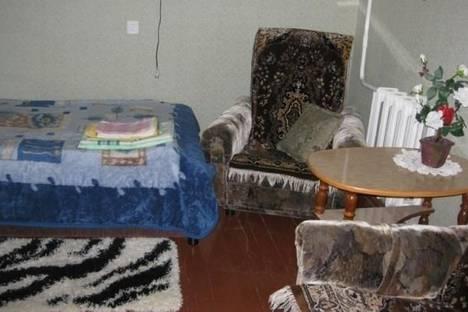 Сдается 1-комнатная квартира посуточно в Кировске, Олимпийская улица, д. 81.