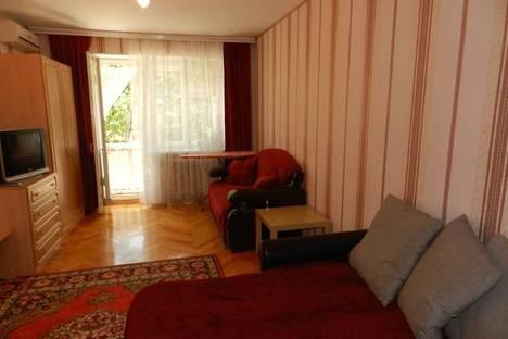 Сдается 1-комнатная квартира посуточно в Железноводске, ул. Косякина, 32.