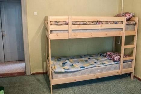 Сдается 2-комнатная квартира посуточно в Кировске, Кирова улица, д. 24.