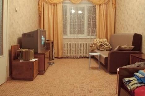 Сдается 1-комнатная квартира посуточно в Кировске, Олимпийская улица, д. 83.