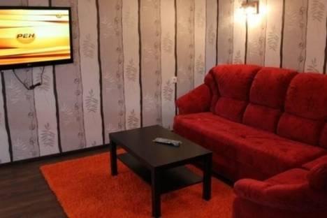 Сдается 2-комнатная квартира посуточно в Кировске, Олимпийская улица, д. 79.