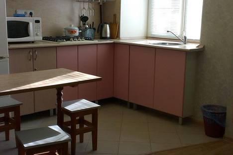 Сдается 1-комнатная квартира посуточно в Сарапуле, Калинина, 10.