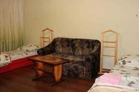 Сдается 2-комнатная квартира посуточнов Сарапуле, Карла Маркса, 101.