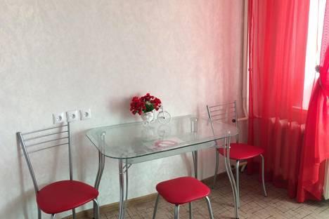 Сдается 1-комнатная квартира посуточно в Комсомольске-на-Амуре, Труда аллея, д. 40.