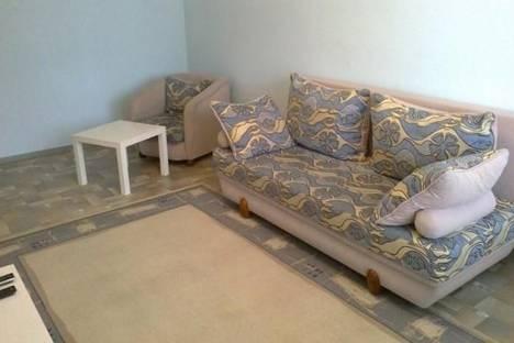 Сдается 1-комнатная квартира посуточно в Нижнекамске, Школьный бульвар, 6.