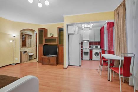 Сдается 2-комнатная квартира посуточнов Томске, Тверская 106.