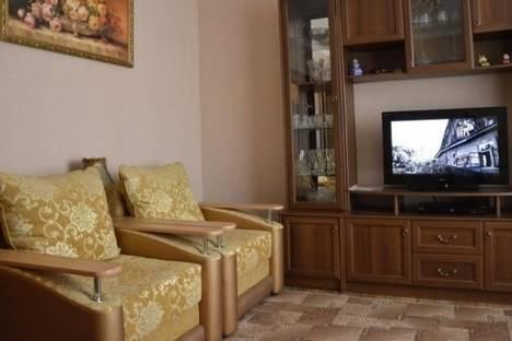 Сдается 2-комнатная квартира посуточно в Салавате, ул. Гафури, 5.