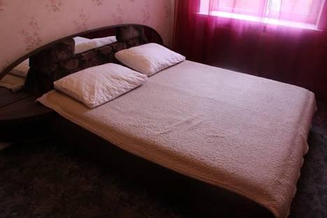 Сдается 2-комнатная квартира посуточнов Санкт-Петербурге, Ул. Блохина д.3.