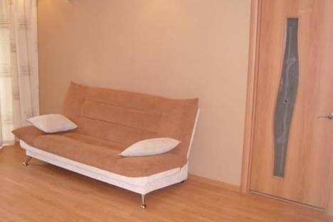 Сдается 2-комнатная квартира посуточно, ул. Пушкинская, 260.