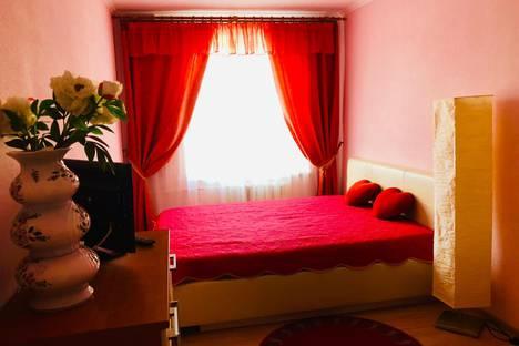 Сдается 2-комнатная квартира посуточно в Выборге, ул. Советская, 10.