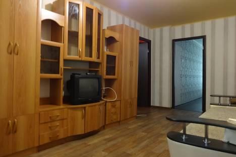 Сдается 3-комнатная квартира посуточнов Астрахани, ул. Чернышевского, 7.