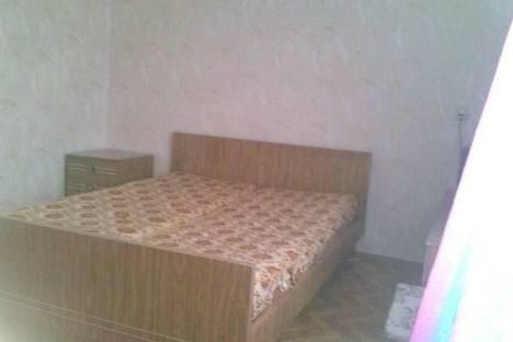 Сдается 3-комнатная квартира посуточнов Астрахани, ул. Красноармейская,15.