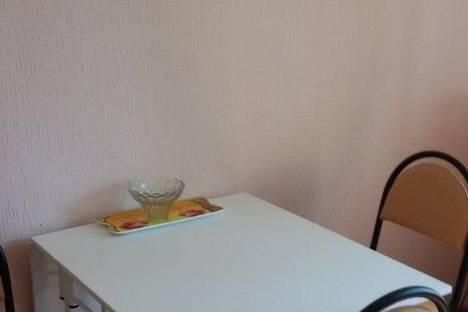 Сдается 2-комнатная квартира посуточнов Астрахани, Минусинская,5.