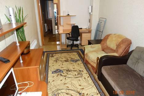 Сдается 1-комнатная квартира посуточно в Серове, короленко,15.