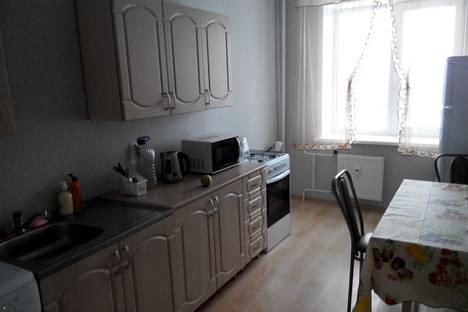 Сдается 2-комнатная квартира посуточно в Ижевске, Берша, 5.