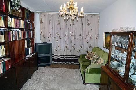 Сдается 2-комнатная квартира посуточнов Одинцове, ул. Солнечная, д. 11.
