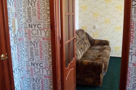 Сдается 1-комнатная квартира посуточнов Великих Луках, ЦЕНТР-ОКТЯБРЬСКИЙ 30.