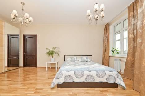 Сдается 2-комнатная квартира посуточнов Екатеринбурге, ул. Чкалова, 124.