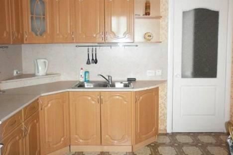 Сдается 2-комнатная квартира посуточнов Ижевске, Толстого, 28.